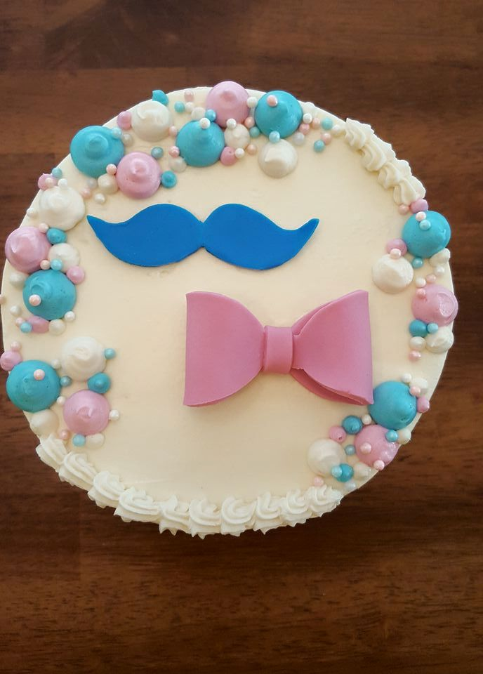 Gender Reveal Cake and Cupcakes