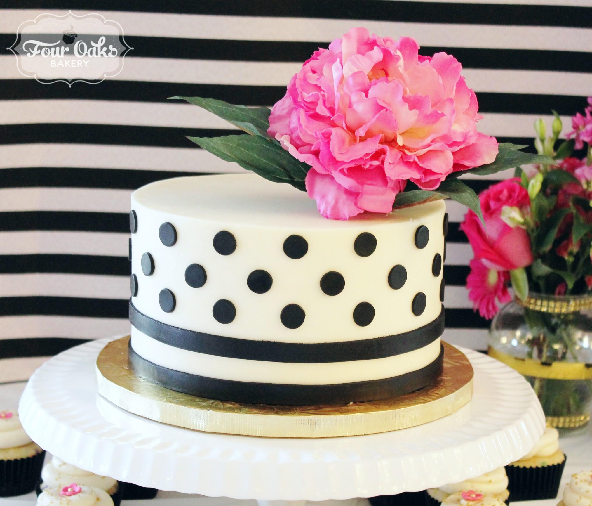 Kate Spade Themed Bridal Shower Cake Four Oaks Bakery